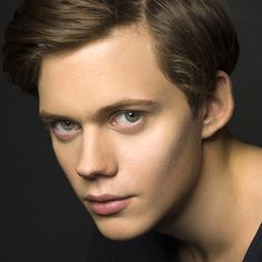 Bill Skarsgård, well isn't he just a chip off the block of good looking. What has Stellan got going on in those genes? LOL