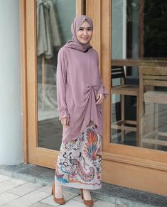 @awearcstore Kebaya Hijab, Kebaya Dress, Batik Kebaya, Kebaya Muslim, Muslim Dress, Muslim Fashion, Hijab Fashion, Fashion Outfits, Womens Fashion