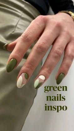 Simple Acrylic Nails, Almond Acrylic Nails, Acrylic Nails Green, Green Nail Art, Green Nail Polish, Coffin Nails, Gel Nails, Mint Nails, Jade Nails