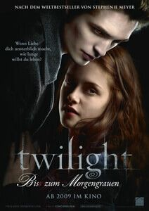 When Bella Swan moves to a small town in the Pacific Northwest to live with her father, she meets the reclusive Edward Cullen, a mysterious classmate. Twilight 2008, Twilight Saga, Twilight Poster, Vampire Twilight, Streaming Movies, Hd Movies, Movies Online, Movie Tv, Posters