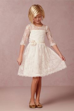 2015 Vintage Princess A-Line Lace Flower Girls'Dress For Wedding Jewel Neck 3/4 Long Sleeve Hand Made Flower Cheap Hot Sale Communion Dress