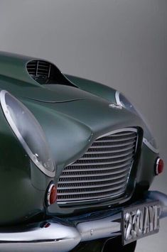 #cars #vintage #classic #collection #green ✔️ Aston Martin Cars, Aston Martin Lagonda, Classic Sports Cars, Classic Cars, Classic Motors, Ferrari, Maserati, Car Detailing, Sport Cars