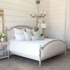 Beach House Furniture, Beach House Decor, Beach Houses, Beach Condo, Classic Bedroom Furniture, Classic Bedroom Decor, Trendy Bedroom, Modern Furniture, French Country Bedrooms