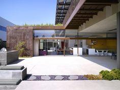 Yin-Yang House, una villa californiana sostenibile