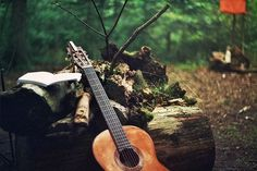 guitar in the woods Pub Radio, Guitar Photography, Into The West, Music Love, Live Music, Playing Guitar, Tumblr, In This Moment, Bass