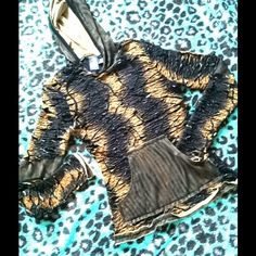 Bundle!!Fun And Stunning ANAC Designer Sweatshirt Super detailed and fun light weight stunning shirt with a touch of bling (sequins & beads), really makes this more than your ordinary sweatshirt. Dress it up or down with cool jeans or shorts this is a piece you shouldn't pass up on! Perfect weight for Spring & Summer wear/ Go anywhere in style with great shirt/dress it up down/or even use as a coverup at the beach or pool.  It's one of those closet must haves that is multi functional for…