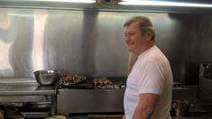 Το ξακουστό σουβλάκι του Βαγγέλη στο Μπραχάμι   Το Κουτί της Πανδώρας Eat
