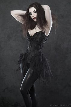 Great mash-up of burlesque and #Goth bustier dress