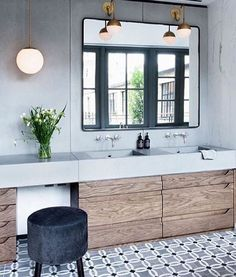 Find the best modern bathroom ideas, bathroom remodel design & inspiration to match your style. Browse through images of bathroom decor & colours to create your perfect home. House Bathroom, Bathroom Inspiration, Bathroom Interior, Small Bathroom, Bathrooms Remodel, Bathroom Decor, Home, Bathroom Design, Tile Bathroom