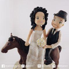 ...ele-ganza...: cake topper matrimonio #caketopper #toppercake #topcake #sopratorta #cakedesign #cakeidea #caketop #weddingday #weddingidea #CAVALLO #HOURSE #weddingplanner #weddingcake #fimo #clay www.ele-ganza.it