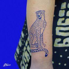 Fake Tattoos, Body Art Tattoos, New Tattoos, Cool Tattoos, Tattoos Lindas, Party Tattoos, Gorgeous Tattoos, Tiger Tattoo, Minimal Tattoo