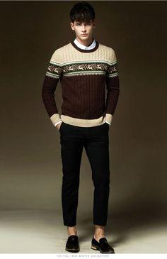 Men Vintage Woolen Crewneck Sweater Deer Pattern
