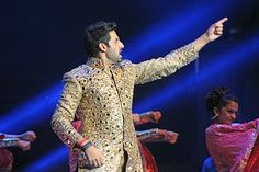 Abhishek Bachchan | Fun Things We Learned from SLAM The Tour - #SLAMtheTour #SLAMNewJersey #SLAMDC http://www.fallinginlovewithbollywood.com/2014/09/fun-things-we-learned-from-slam-the-tour-slamthetour-slamnewjersey-slamdc.html