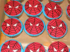 Google Image Result for http://www.wildsound-filmmaking-feedback-events.com/images/spiderman_cupcakes.jpg