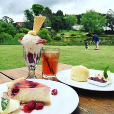 Eat raspberry-flavoured everything at a raspberry farm. 27 Things You Didn't Know You Could Do In Tasmania Queensland Australia, Australia Travel, Western Australia, Chocolate French Toast, Tasmania Travel, Farm Cafe, Nature Photography Tips, Ocean Photography, Dessert Drinks
