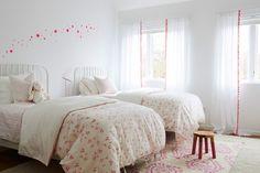 Muuto Little Auggie girls bedding pink wall stickers ferm living Hamptons House, The Hamptons, Open Plan, Girls Pink Bedding, Feminine Bedroom, White Painted Furniture, Teen Girl Bedrooms, Bedroom Green, Bedroom Styles