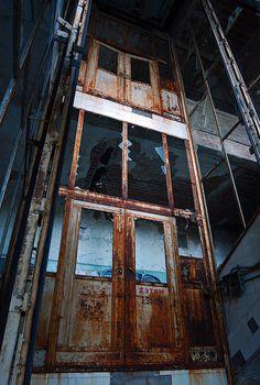 Beelitz Heilstätten by Moisturizing Tranquilizers, via Flickr