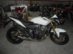 Honda hornet 600 2012 Hornet, K2, Drugs, Motorcycles, Wheels, Vehicles, Travel, Cars, Motorbikes