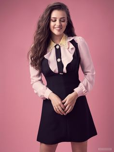 Picture of Katherine Langford Most Beautiful Faces, Beautiful Girl Image, Beautiful People, Beautiful Women, Stylish Girl Pic, Hollywood Celebrities, Female Celebrities, Hair Color Dark, Girls Image