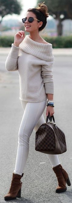 Nude jersey, White Leggings and Burnt Camel Booties | Winter Dressy Street Style |1sillaparamibolso #nude Stylish Outfits, Fall Outfits, Fashion Outfits, Fashion Trends, Fashion Clothes, Only Fashion, Womens Fashion, Cheap Fashion, Work Fashion