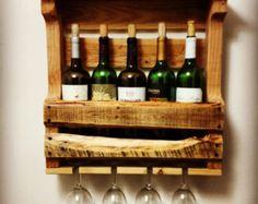 Pallet Wood Wine Rack w/ Glass Holder di Hadracks su Etsy