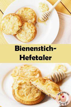 Köstlicher Bienenstich in neuer Form: Hefeteigtaler mit Vanillecreme und Honig-Mandel-Kruste