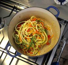Groentespaghetti recept | Smulweb.nl Misschien met wat vlees door een sausje (niet te veggie)