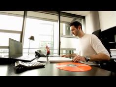 A02 028 01934 BACK TO VINYL THE OFFICE TURNTABLE - YouTube