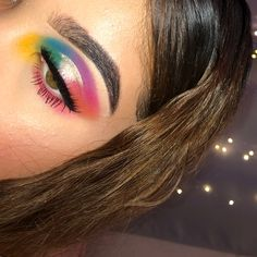 """71 Likes, 5 Comments - Desirée Figueroa (@makeupbydesixo) on Instagram: """"Colorful looks are my fav ❤️ ______________________________ Eyes: NYX Ultimate Brights…"""""""