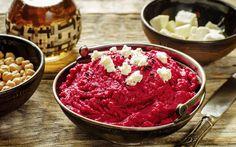 Hummus de remolacha y queso de cabra | Demos la vuelta al día