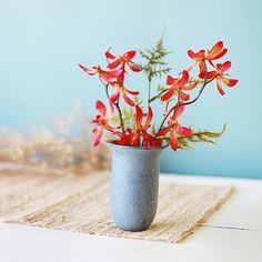 Pierre Vase Buy Gifts Online, Soapstone, All Gifts, Valentine Gifts, Planter Pots, Vase, Plants, Mothers, Design