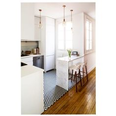 7 Astounding Cool Tips: Kitchen Remodel Ideas Stainless Steel apartment kitchen remodel renovation.Country Kitchen Remodel Hoods small kitchen remodel one wall. New Kitchen, Kitchen Interior, Kitchen Decor, Kitchen Small, Kitchen Island, Kitchen Black, Kitchen Cabinets, Kitchen Wood, Island Bar