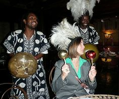 Envolvida na cultura africana.
