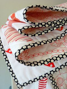 Red Pepper Quilts: Charming Triangles Quilt