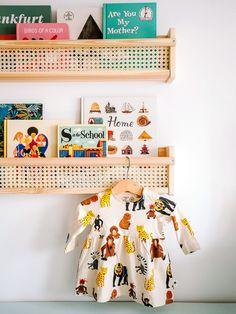 This New Mom's IKEA Shelf Hack Is as Simple as They Come - Kids playroom ideas Ikea Shelf Hack, Ikea Wall Shelves, Wall Storage, Book Storage, Ikea Storage, Record Storage, Wall Shelves For Books, Ikea Spice Racks As Book Shelves, Wall Bookshelves Kids