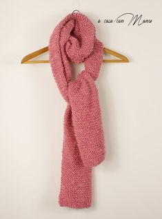 Sciarpa lunga fatta a mano Hand-made long scarf rosa pink Long Scarf, Blue Beads, Womens Scarves, Vintage Shops, Hand Knitting, My Etsy Shop, Wool, Polyvore, Handmade