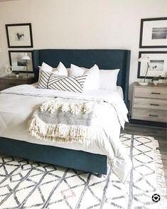 45 Best Modern Bedroom Design Ideas - Home Decorating Inspiration Home Decor Inspiration, Home Decor Bedroom, Bedroom Makeover, Home Bedroom, Home Decor, House Interior, Blue Master Bedroom, Remodel Bedroom, Interior Design