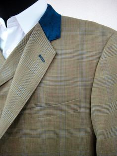 Monalo Tang | True Bespoke Clothiers - Perfect Pattern Matching on Breast Pocket of a Glen Plaid Custom Tailored Bespoke Suit. Proudly Hand Tailored in Hong Kong.
