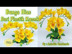 BUNGA DARI PLASTIK KRESEK//BUNGA HIAS//How to make flowers from a plastic bag//DIY - YouTube Plastic Cups, Plastic Bottles, Diy And Crafts, Paper Crafts, Plastic Flowers, Flower Template, Flower Making, Craft Tutorials, Flower Decorations