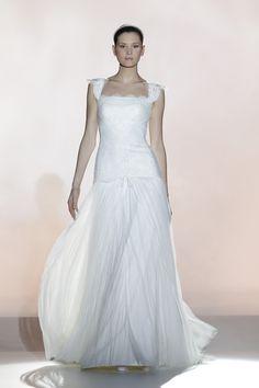 kamzakrasou #sexi #love #jeans #clothes #coat #shoes #fashion #style #outfit #heels #bags #treasure #blouses #wedding #weddingdress #weddingday #weddingcelebration #weddingwoman Svadobné šaty z kolekcie inšpirované antickou jednoduchosťou a ľahkosťou - KAMzaKRÁSOU.sk