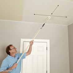 A pro home painter shares his picks for the best ceiling paint, tips for painting smooth and textured ceilings, with equipment selections. Textured Ceiling Paint, Best Ceiling Paint, Ceiling Texture, Colored Ceiling, How To Paint Ceilings, Painting Ceilings Tips, Painting Woodwork, House Painting Tips, Diy Painting