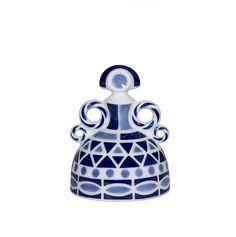 Menina P Celeste Textile Design, Water Bottle, Textiles, Clay, Spanish, Home Decor, Ideas, Girls, Porcelain