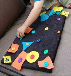30 Montessori activities for toddlers - Aluno On Motor Skills Activities, Toddler Learning Activities, Montessori Activities, Infant Activities, Kids Learning, Montessori Toddler, Toddler Fun, Baby Play, Kids Education