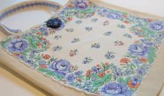 tutorial for tote bag - fuse fancy hankerchief on the front and line the inside