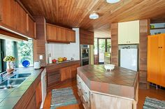 Property located at 7 Keretene Place, Meadowbank, New Zealand | Barfoot & Thompson