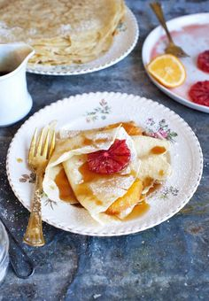 Beginners can learn how to make a basic crêpe recipe with this tutorial, including recommended tools and suggested toppings. Walnut Butter, Crepe Batter, Savory Pancakes, Birthday Breakfast, Crepe Recipes, Best Breakfast Recipes, Spiced Apples, Recipe Of The Day, Cravings