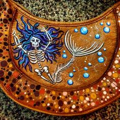 Painting from the bottom of the sea by Ginger Slap. #handpainted #freehand #purse #fashion #handbag #mermaid #underthesea #bubbles #gingerslap #art #ocean #dead #bones #skull