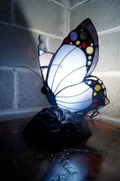 *No.1 tiffany style lamp seller ★★Cute butterfly Tiffany Style accent lamp | eBay