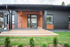 Sievitalo Meidän Unto - Asuntomessut Garage Doors, Outdoor Decor, Home Decor, Decoration Home, Room Decor, Home Interior Design, Carriage Doors, Home Decoration, Interior Design
