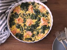 Luie Spinazie Zalm Frittata Carb Free Recipes, Healthy Diet Recipes, Healthy Cooking, Healthy Food, Omelette, I Love Food, Good Food, Healthy Diners, Go For It